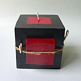 Bougie cube noir 1