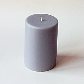 Bougie pilier gris